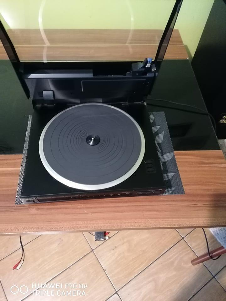 Prodam pekny kvalitni gramofon-TECHNICS SL-J300R - TV, audio, video
