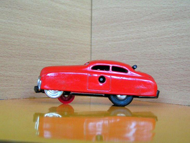 Schuco - Varianto Limo Red No.3041 z roku 1955 - Modelářství