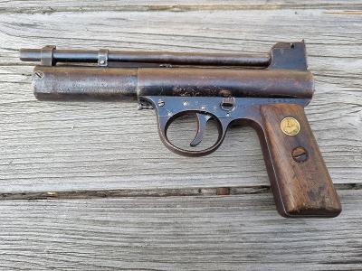 Webley Mark I. Air Pistol England made. Cca rok 1920. (5)