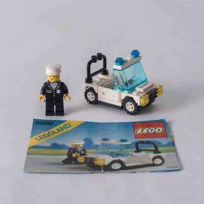 Lego 6506 System/City, Policejní vůz z 80 let