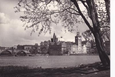 Praha- Smetanovo muzeum -Karlův most -VF