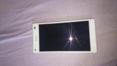 mobilní telefo sony xperia Z5 compact