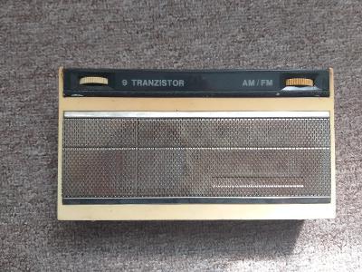 9 tranzistor radio