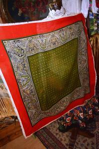 Krojový šátek vlněný lovecký