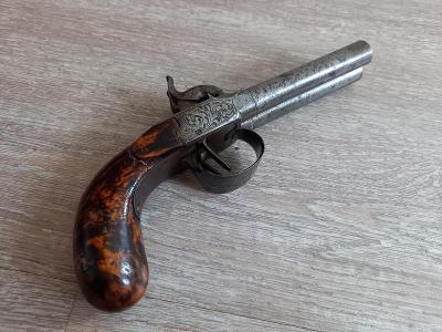 Cestovní dvouhlavňová perkusní pistole