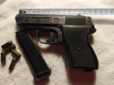 Plynové pistole ME 8 POLICE, Italy.