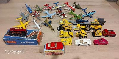 FERRARI BERLINETTA Červené originální krabice matchbox  auta a letadla