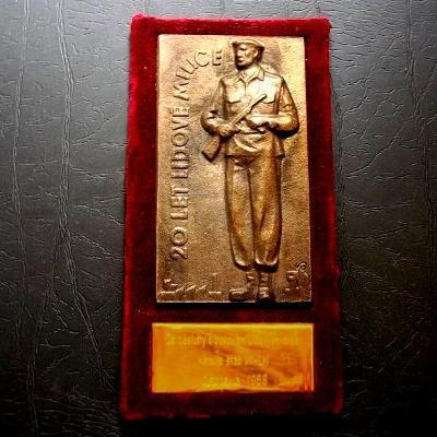 1968 Velká bronzová těžká Plaketa s věnováním Štáb Lidových Milic