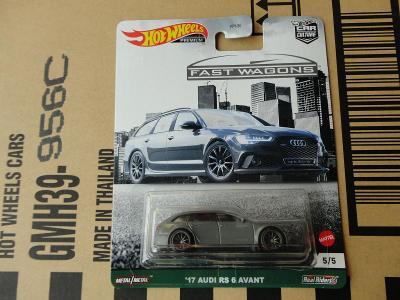 Hot Wheels 17 Audi RS 6 Avant.Rozbalený.Krabička je otevřena.