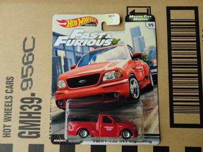 Hot Wheels Ford F-150 SVT Lightning.Rozbalený.Krabička je otevřena.