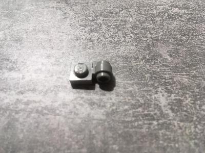Lego platná 1x1 s ockem sv.seda