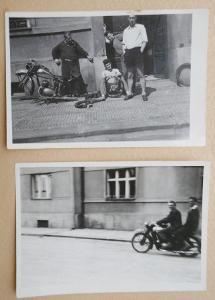 """""""MONTÁŽ MOTORKY"""" - 2x malé foto 9 x 6cm !!! značka 3810-Č-HK Pérák(?)"""