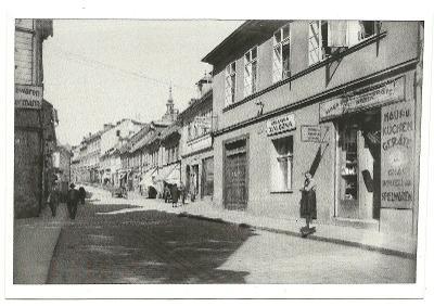 Česká Lípa Moskevská ulice  lidé  rok 1922 reprint