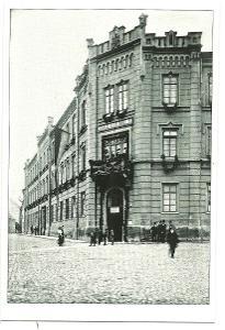 Česká Lípa nám. Osvobození škola žáci  rok 1913 reprint
