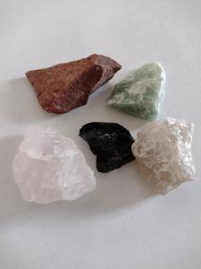 Mix 5 neopracovaných kamenů za 20 Kč! - velikost XL