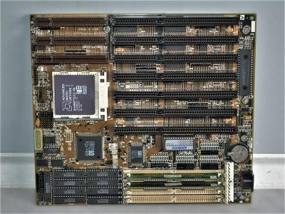 základní deska s procesorem 486 DX2 - 66 MHz (48)