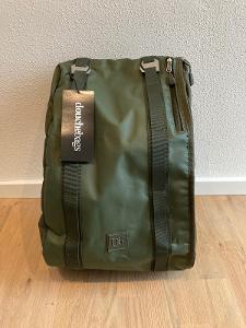 Douchebags The Base / DB The Nær Backpack - Ultimátní batoh, objem 15l