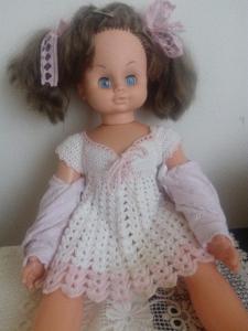 Krásná mrkací plačící retro panenka-sběratelská
