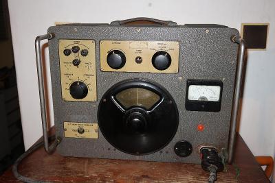 Starý R.C.Signální generator typ 1113 firma ORION