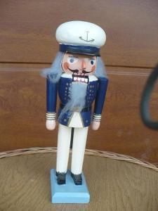 Louskáček na ořechy - dřevěný námořník cca 26 cm, hračka, dekorace