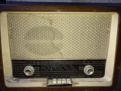 STARÉ TESLA RADIO