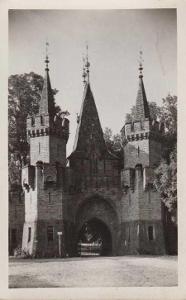 Hradec nad Moravicí (Hradec u Opavy), zámek - brán