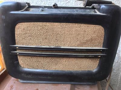 Staré rádio RADIO TESLA T 504 U II