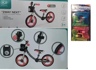 KinderKraft Odrážedlo 2way s příslušenstvím+ dáreček vodní pistolky