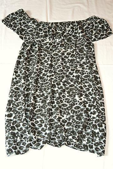 Pěkné černošedobílé vzorované šaty Kik, vel. L/XL