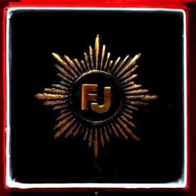 František Josef I. Velká kovová Střelecká Hvězda s monogramem Císaře