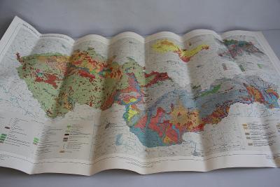 Mapa kvartéru u zvětralinového pláště ČSSR měř. 1:500000 VÍC V POPISU