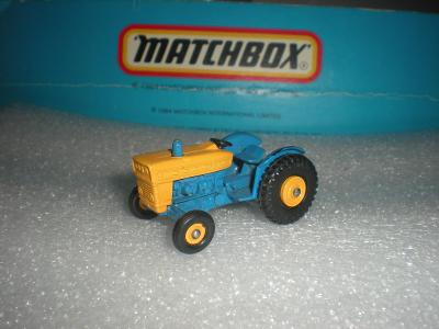 Matchbox FORD Tractor . r.1968 ENGLAND!!