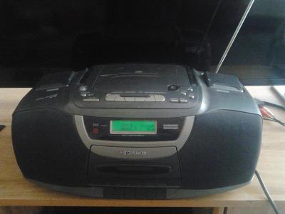 Radio magnetofon s cd Schneider
