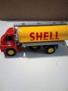 Kovové Autíčko Corgi Big Bedford Shell