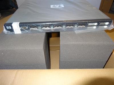 BK780A HP StorageWorks SN6000 Stackable 12-port Single Power FC Switch