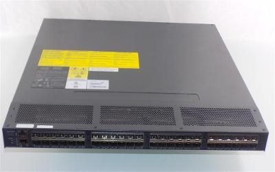 AW586A  HP StorageWorks SN6000C 8Gb 32-port Fibre Channel Switch