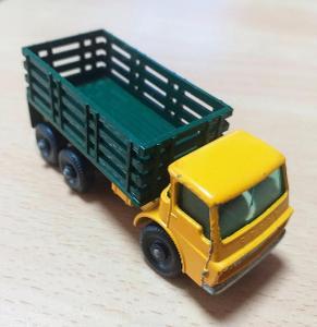 Matchbox-4D Dodge Stake Truck
