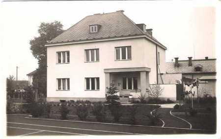 Lázně Bohdaneč - rodinný dům
