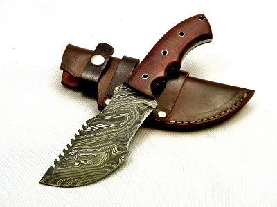 77/ Damaškový lovecky nůž. Rucni vyroba. TRACKER