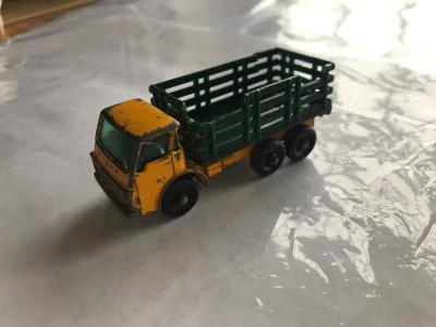 Matchbox 04D Dodge Stake Truck