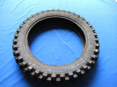 Motocros pneu