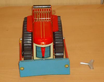 Mechanický buldozer - KDN