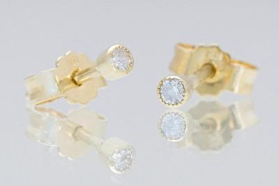 Zlaté náušničky pecičky s přírodními diamanty, naše ČR výroba