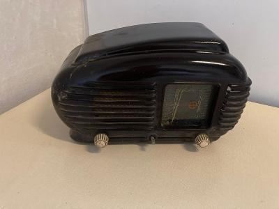 Staré radio Tesla Talisman na díly