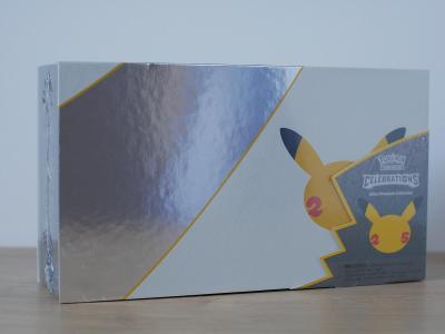 Pokémon TCG: Celebrations Ultra Premium Collection Box