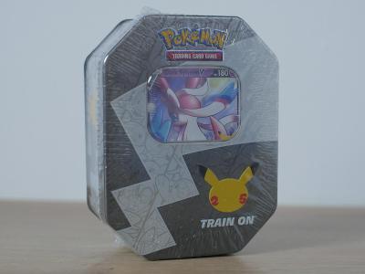 Pokémon TCG: Celebrations Tin Sylveon