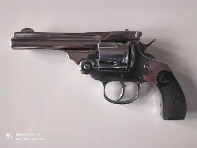 Starožitný revolver cal. 38