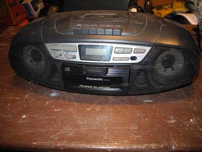 Panasonic radiomagnetofon s CD