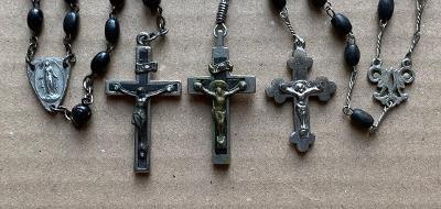 Starý růženec 3 ks Madona kříž svátostka sbírka medailon křížek lot č7