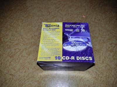 Prázdná krabice od CD-R Traxdata